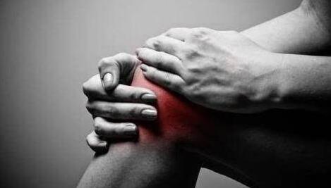 脚背疼痛是痛风吗?郑州治疗痛风