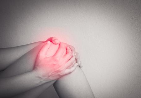 引发类风湿性关节炎的因素有哪些