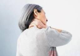 南阳强直性脊柱炎医院哪家好?强直的危害具体表现在哪些方面